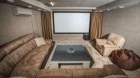 Антикинотеатр «КиноRooms» приглашает жителей города Ульяновска на кинопросмотры